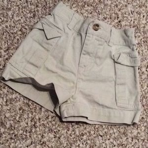 Unisex Ralph Lauren khaki shorts sz 2t
